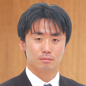朝日中央綜合法律事務所 第一東京弁護士会所属 興津慶一弁護士