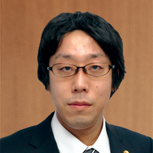 朝日中央綜合法律事務所 第一東京弁護士会所属 上里一海弁護士