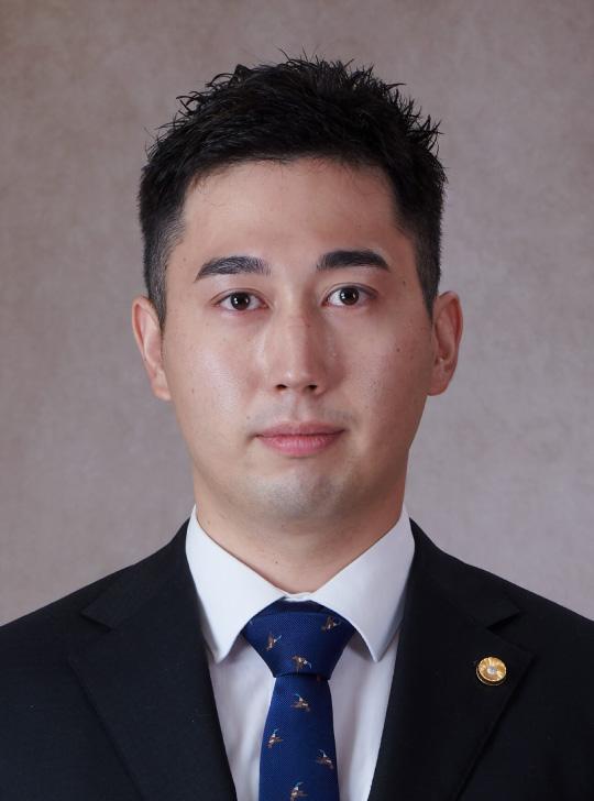 上田篤史 弁護士